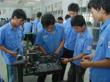Tuyển gấp lao động làm việc tại Đài Bắc và Đài Trung